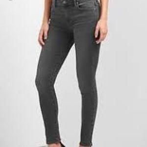 Gap 1969 Legging Jeans in grey